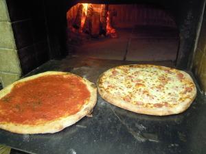 Pizza classica forno legna