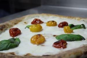 pizza domicilio Benevento bici elettrica pizza primavera pizza speciale a domicilio